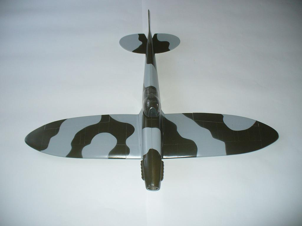 Model RC Supermarine Spitfire całolaminatowy